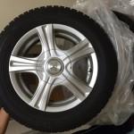 タイヤの送料が安いのはどこ?アルミホイールの破損を防ぐ梱包の仕方は?